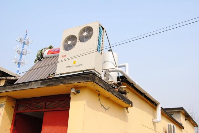 我国空气源热泵及电锅炉等电能替代发展现状分析与建议